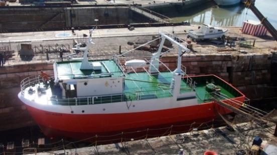 El buque Ucádiz, en los astilleros de Puerto Real